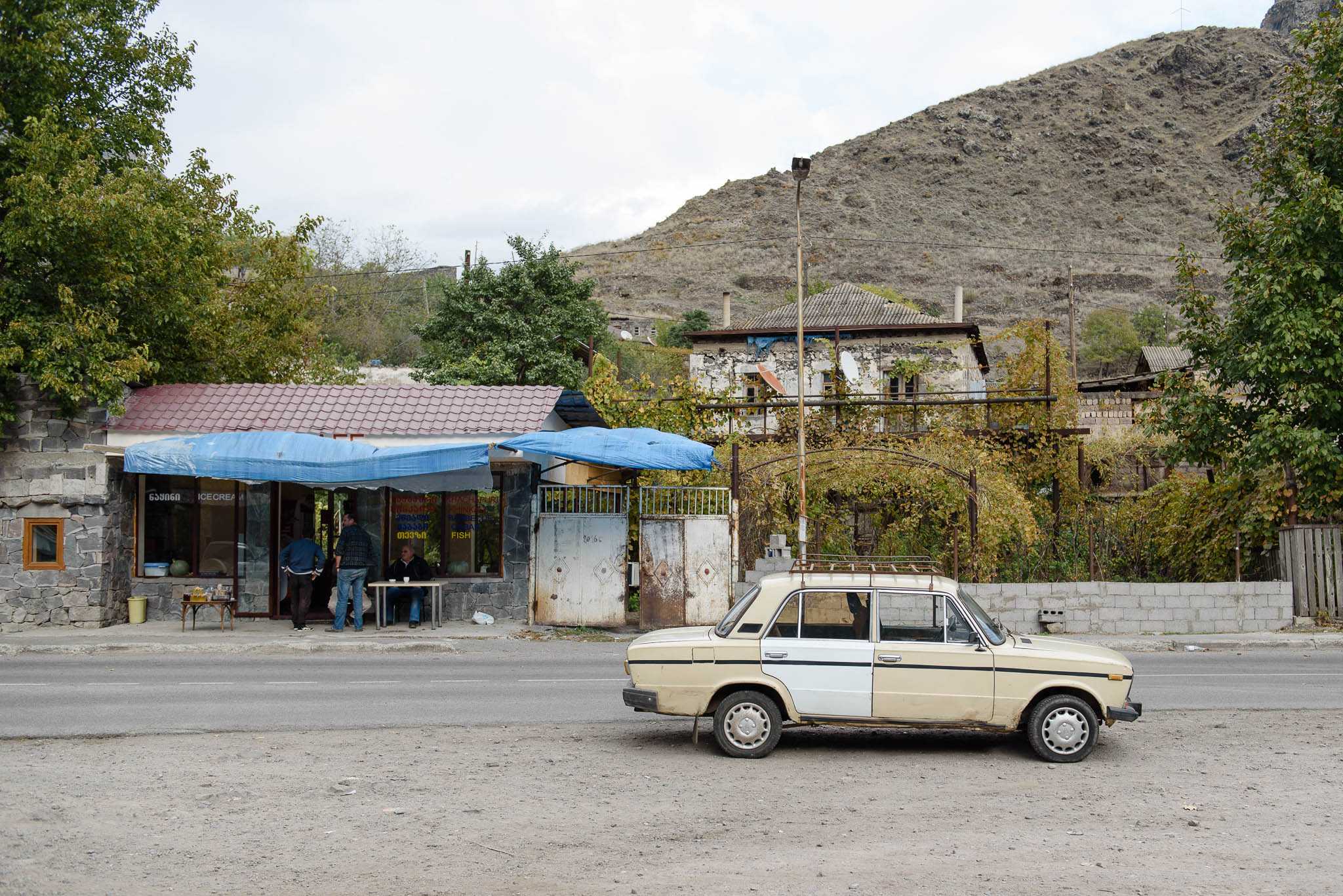 georgien-roadtrip-von-batumi-in-die-hoehlenstadt-wardsia-53