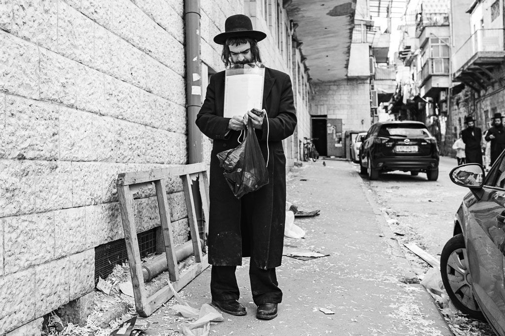 Purim - Mea Shearim - Jerusalem by Daniel Kempf-Seifried-0341