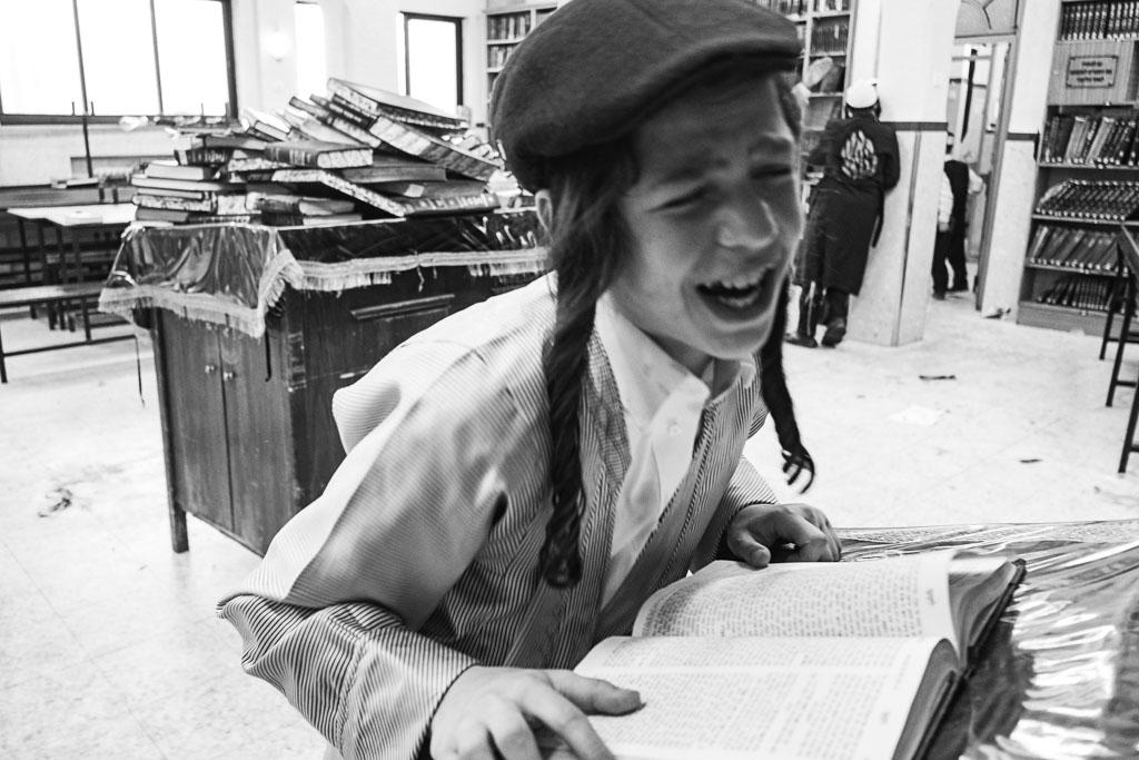 Purim - Mea Shearim - Jerusalem by Daniel Kempf-Seifried-1928
