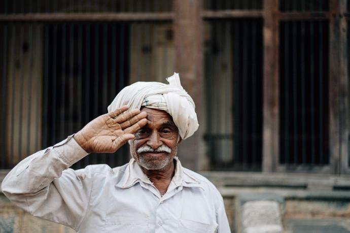 Rundreise durch den Bundesstaat Gujarat in Indien. Als Reisereporter unterwegs mit Roteltours. Reiseblog von Marion und Daniel. Fotograf und Filmemacher-70