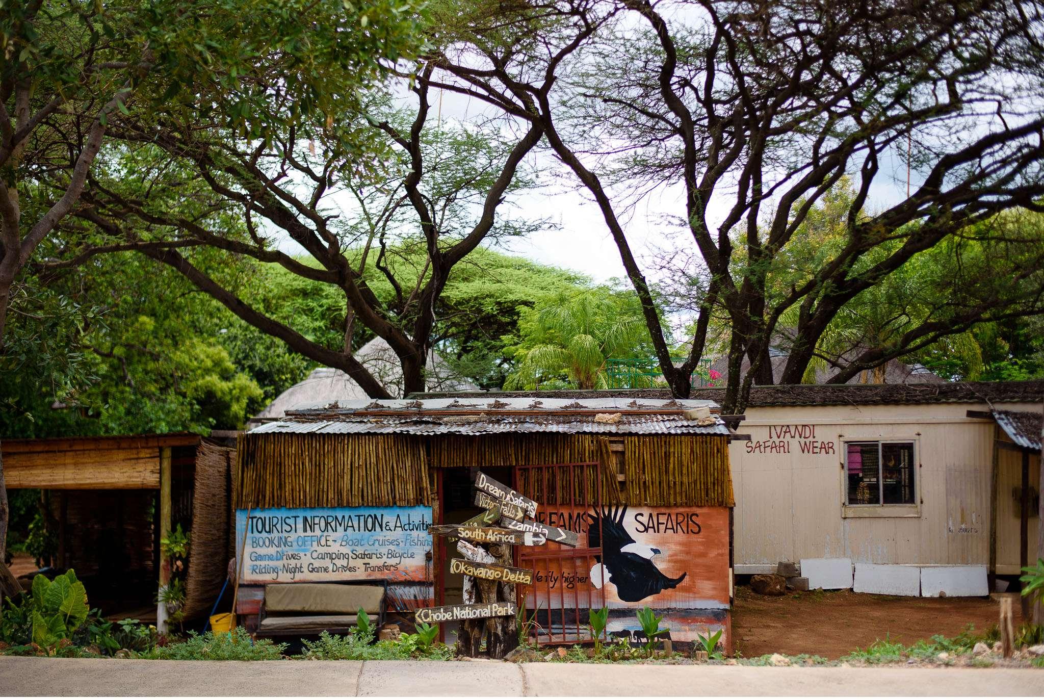 Chobe Nationalpark Botswana und Victoriafalls Zambia-71