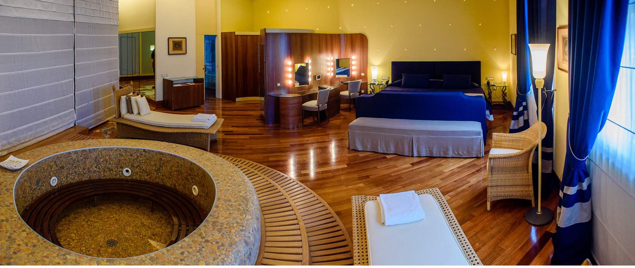 President suite - Hotel Vesuvio Napoli