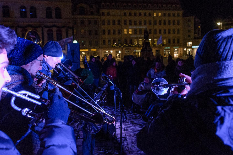 civil-march-for-aleppo-dresden-235