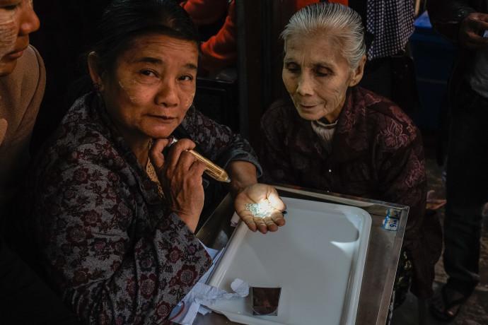 Jade Market Mandalay - Myanmar - Geschichten von unterwegs-1