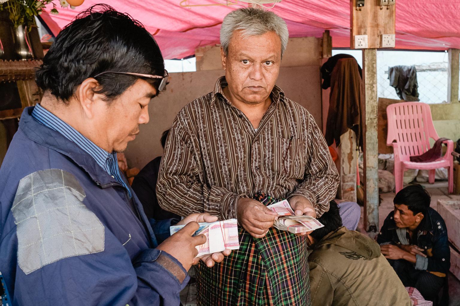 Jade Market Mandalay - Myanmar - Geschichten von unterwegs-12