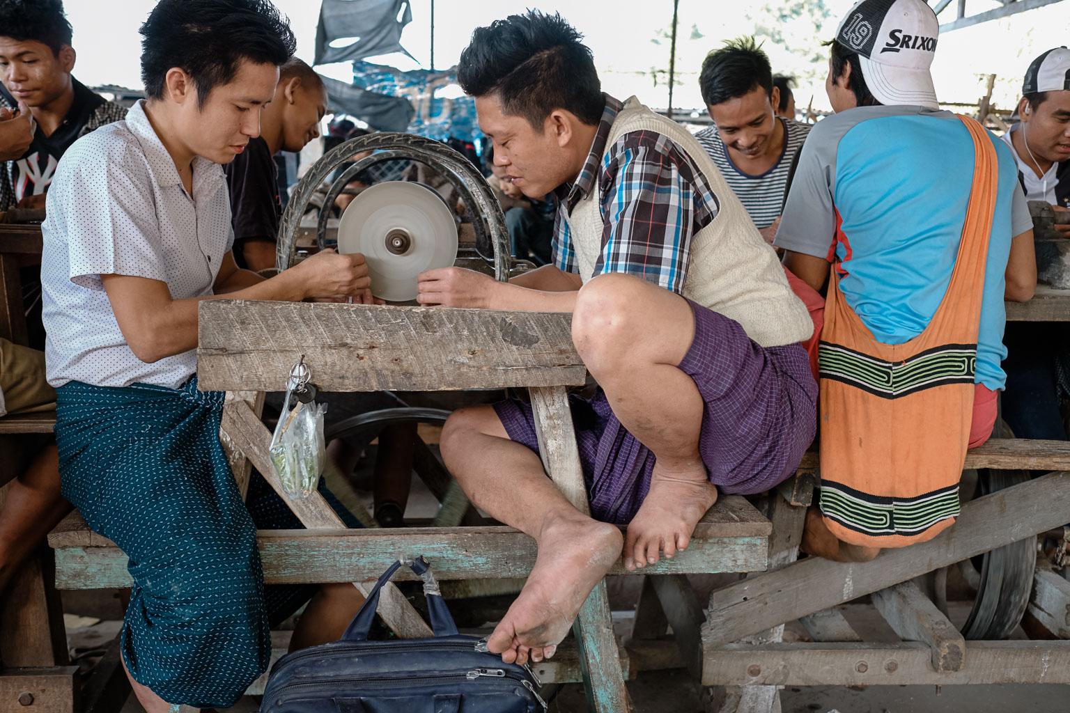 Jade Market Mandalay - Myanmar - Geschichten von unterwegs-38