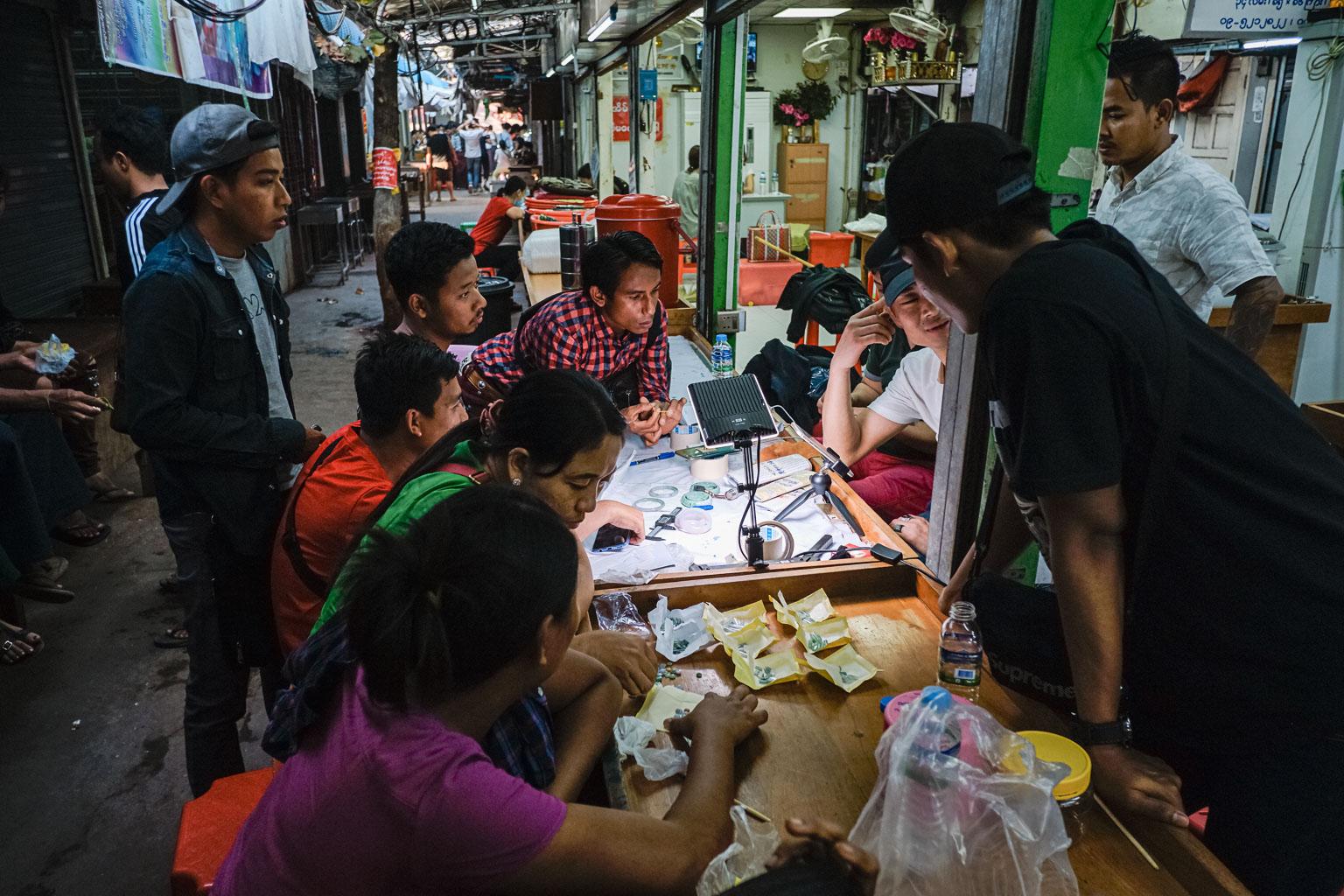 Jade Market Mandalay - Myanmar - Geschichten von unterwegs-44